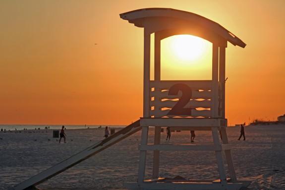 beach-49145_1280
